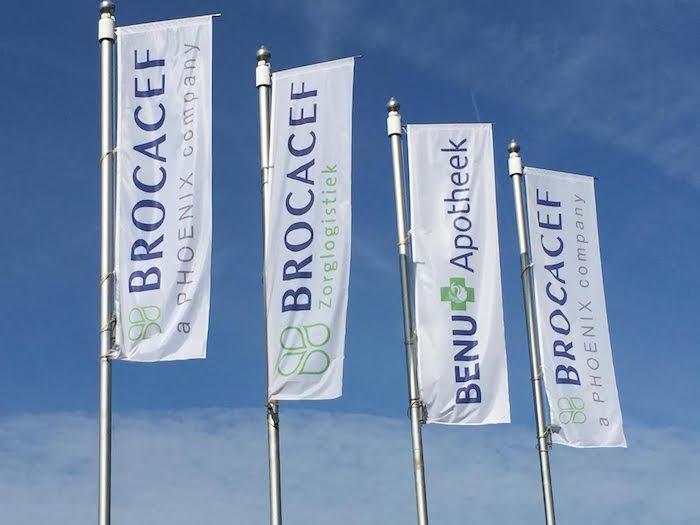 Brocacef vlaggen